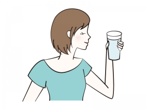 水を飲む女性のイラスト