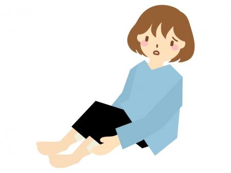 足のむくみを気にする女性のイラスト